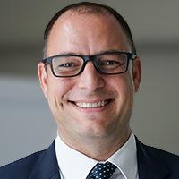 Portrait PD Dr. Valentin Neuhaus